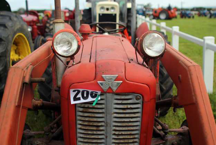 enthusiasts-gather-for-the-cornish-steam-and-country-fair