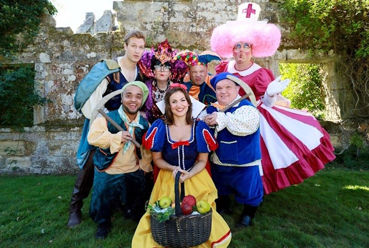 Snow White Panto The 2016 Tunbridge Wells Panto is Snow White, which will be performed at the Assembly Halls in Tunbridge Wells. There was an official launch on Thursday held at Scotney Castle featuring the principal players